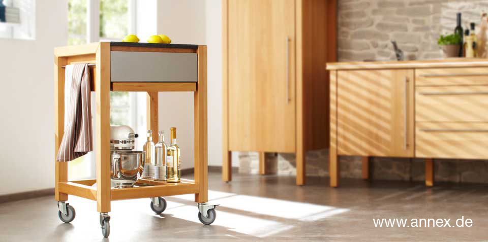 annex: Küchenwagen opus aus Massivholz