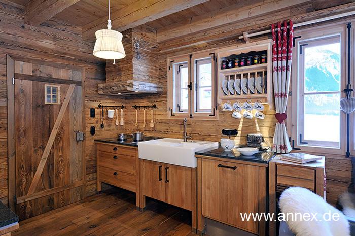 annex Holzküche im Landhausstil iÖsterreich
